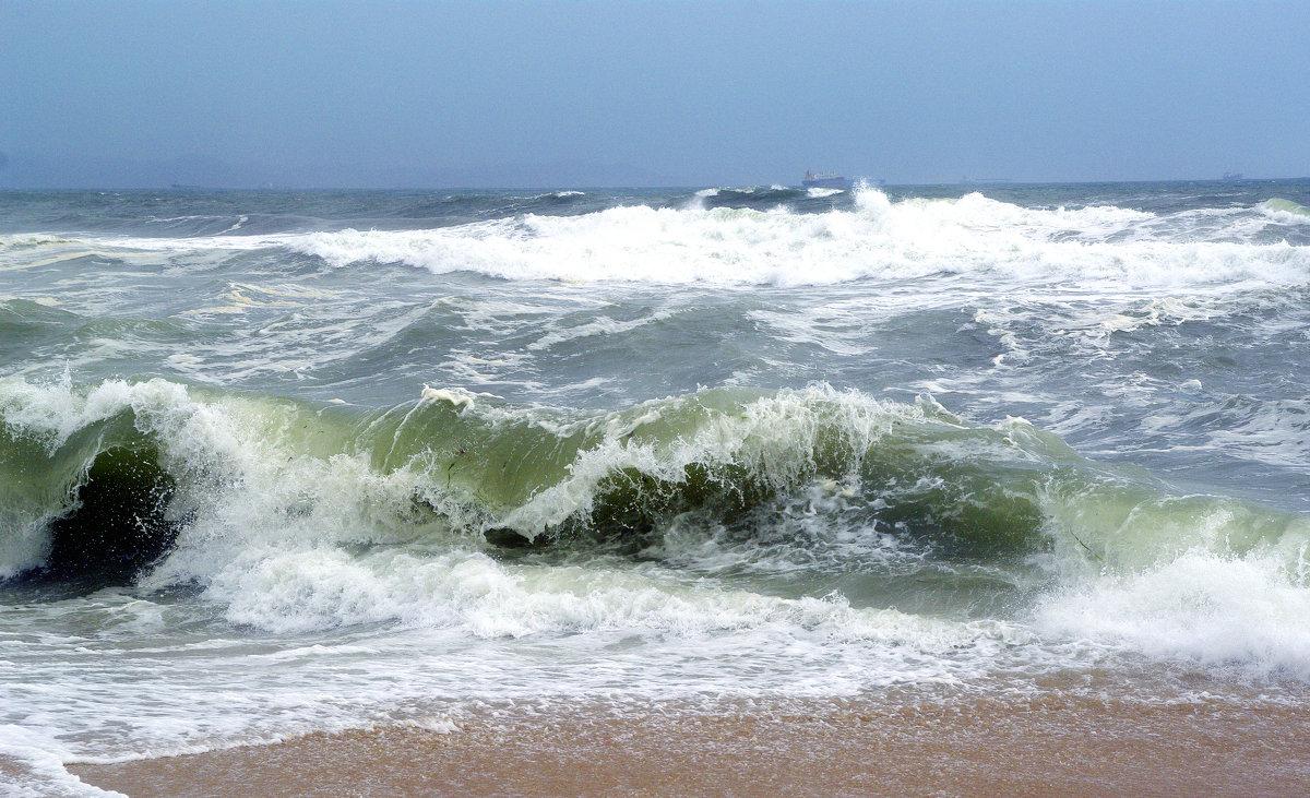 Неспокойно синее море... - Анатолий 2015 Трепышко