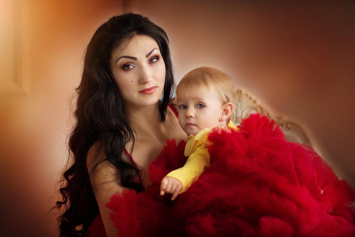Мама и дочь... - Юлия Журавлёва
