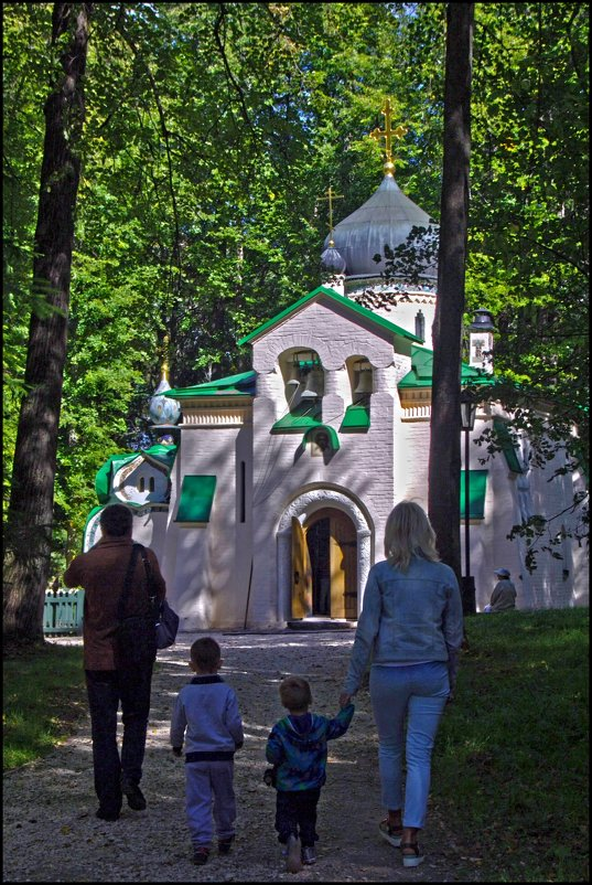 в храм - Дмитрий Анцыферов
