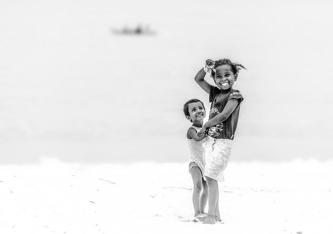 Немного позитивчика... Дети Мадагаскара!!! - Александр Вивчарик