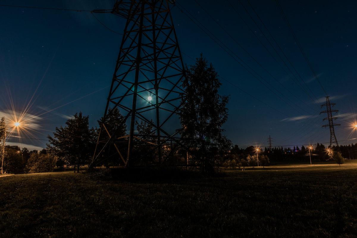 Луна запуталась... - Владимир Безбородов