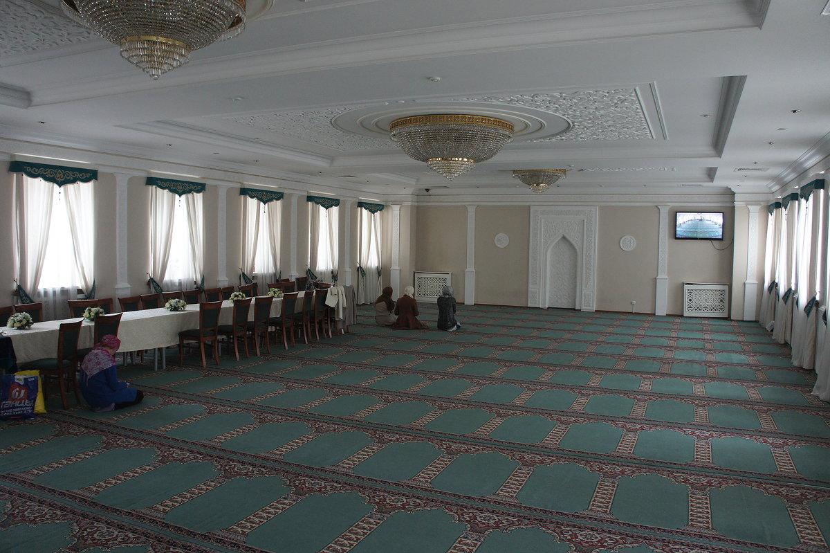 В мечети аль-Марджани. Женский молитвенный зал - Елена Павлова (Смолова)