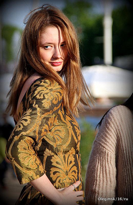 стильная девушка,подружилась с солнышком - Олег Лукьянов