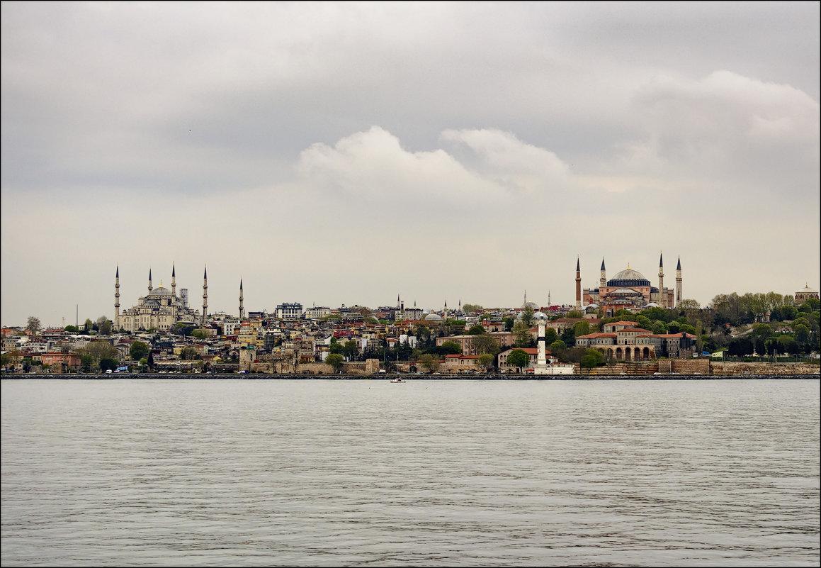 Пасмурный Стамбул - Константин