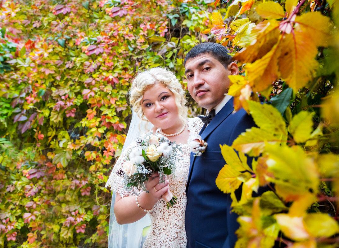свадьба осенью всегда яркая - Мария Корнилова