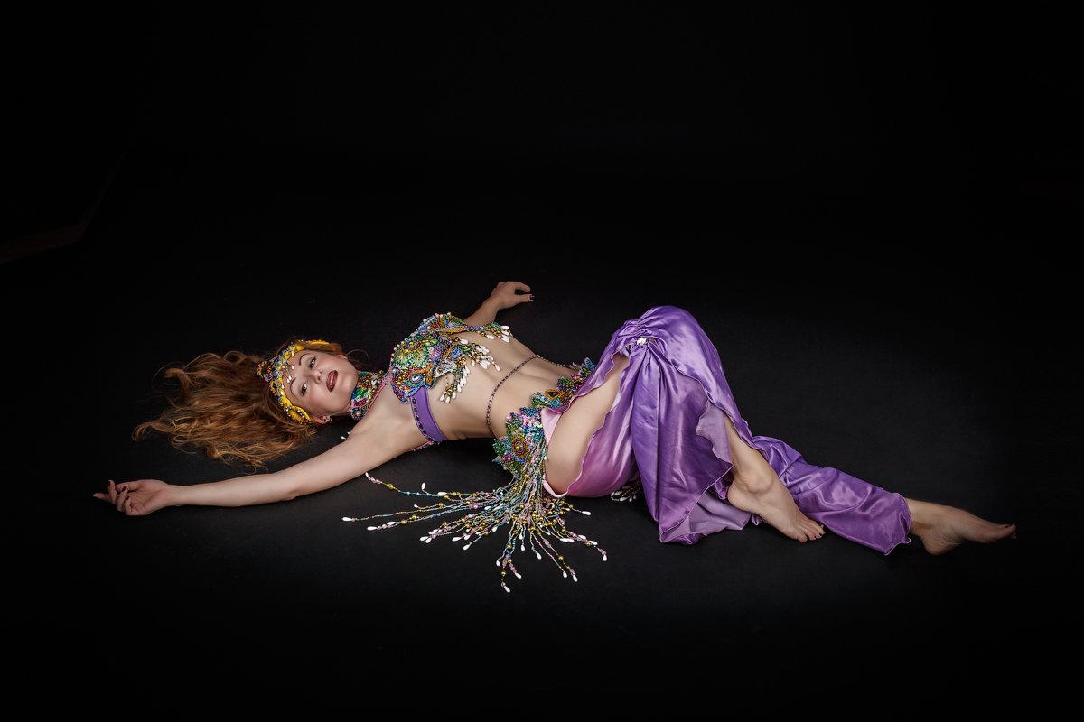 Восточные танцы - Aнатолий Дождев