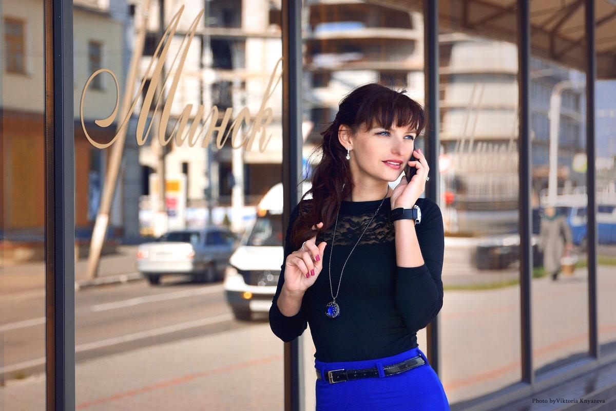 Прогуливаясь по магазинам - VikTori Knyazeva