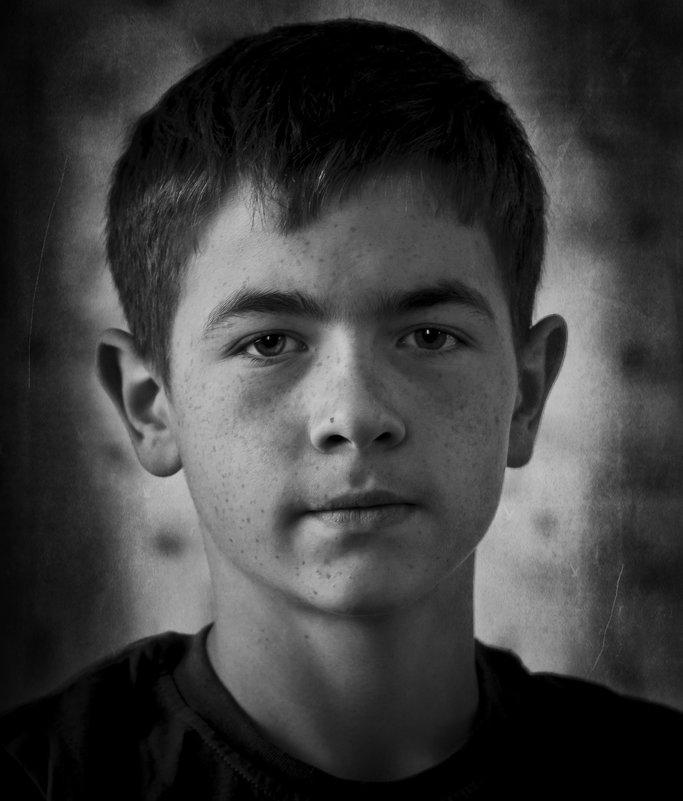 лица..детский дом г караганда - Дмитрий Ломтев