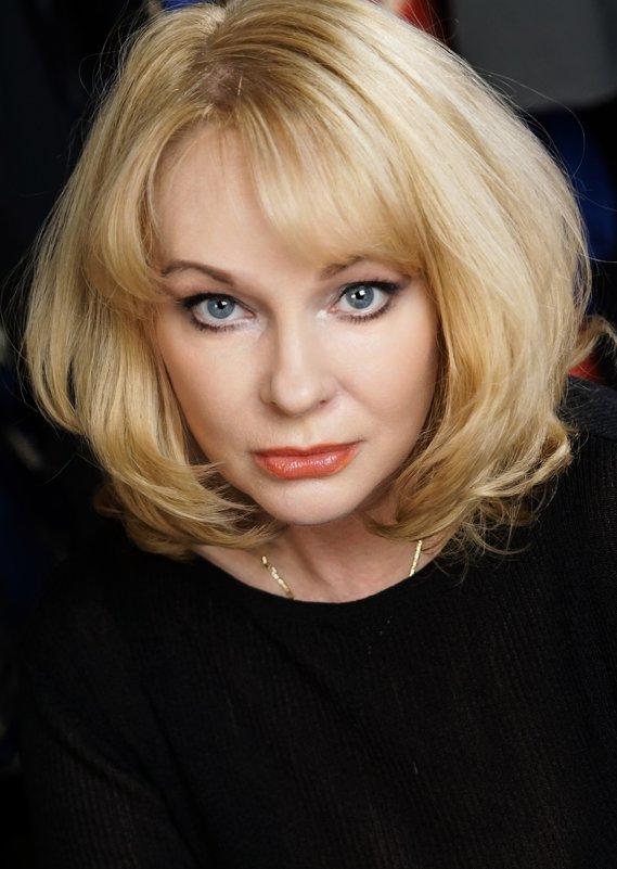 Актриса Ирина Ц. - Михаил Трофимов