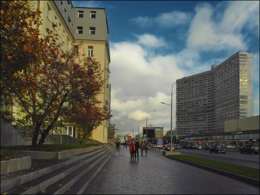 на Новом Арбате - Дмитрий Анцыферов