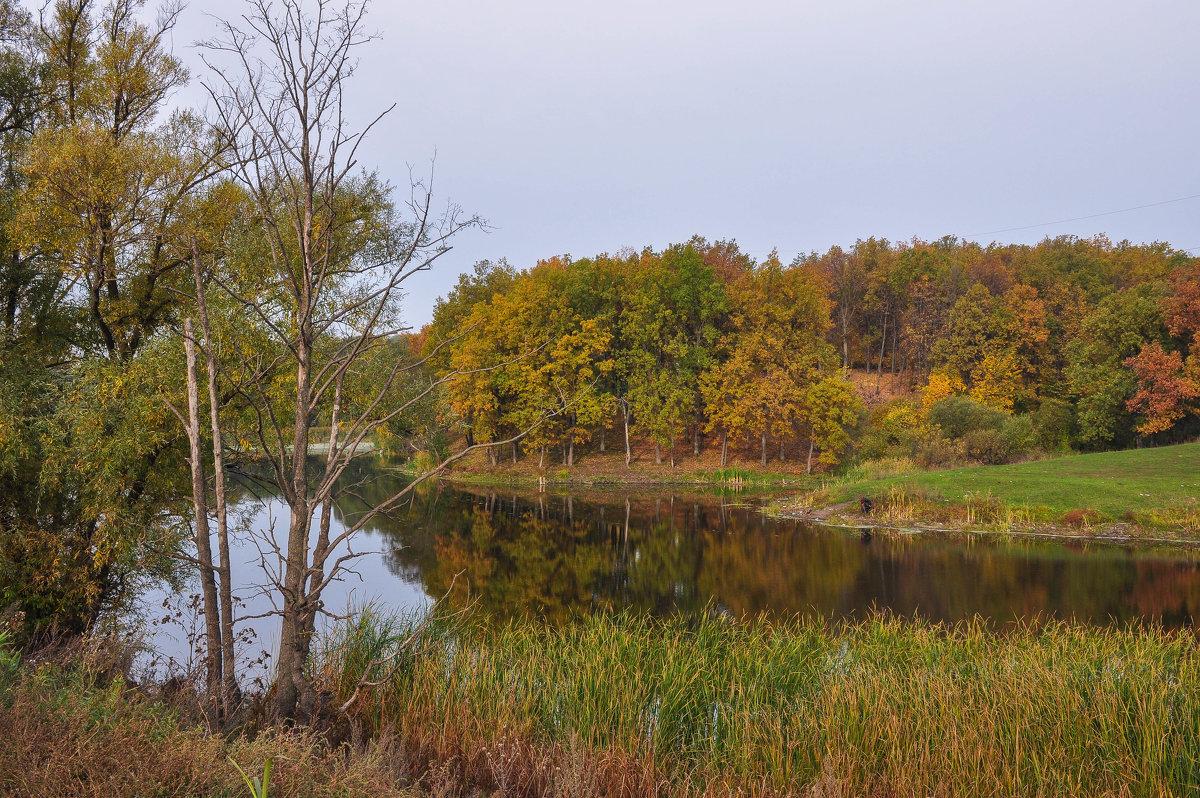 Осеннее озеро в пригороде Уфы - Сергей Тагиров