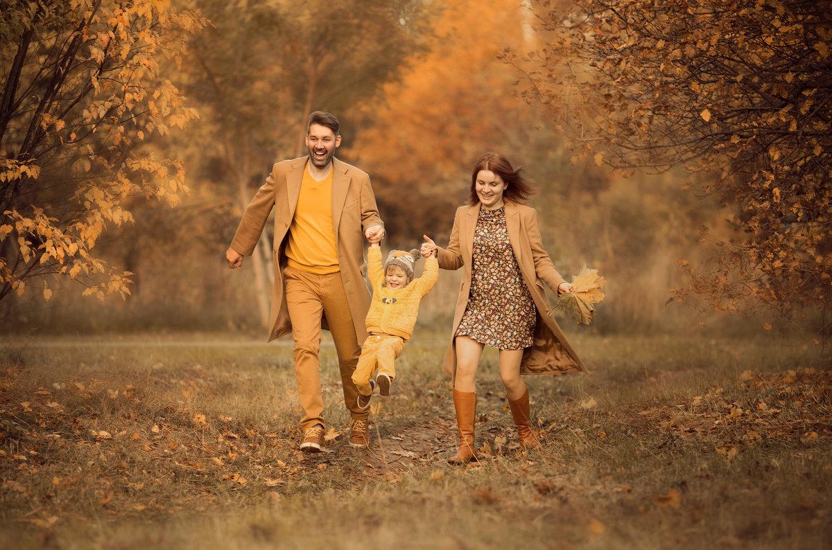 Осень, как всегда, пунктуальна - Екатерина Крутикова