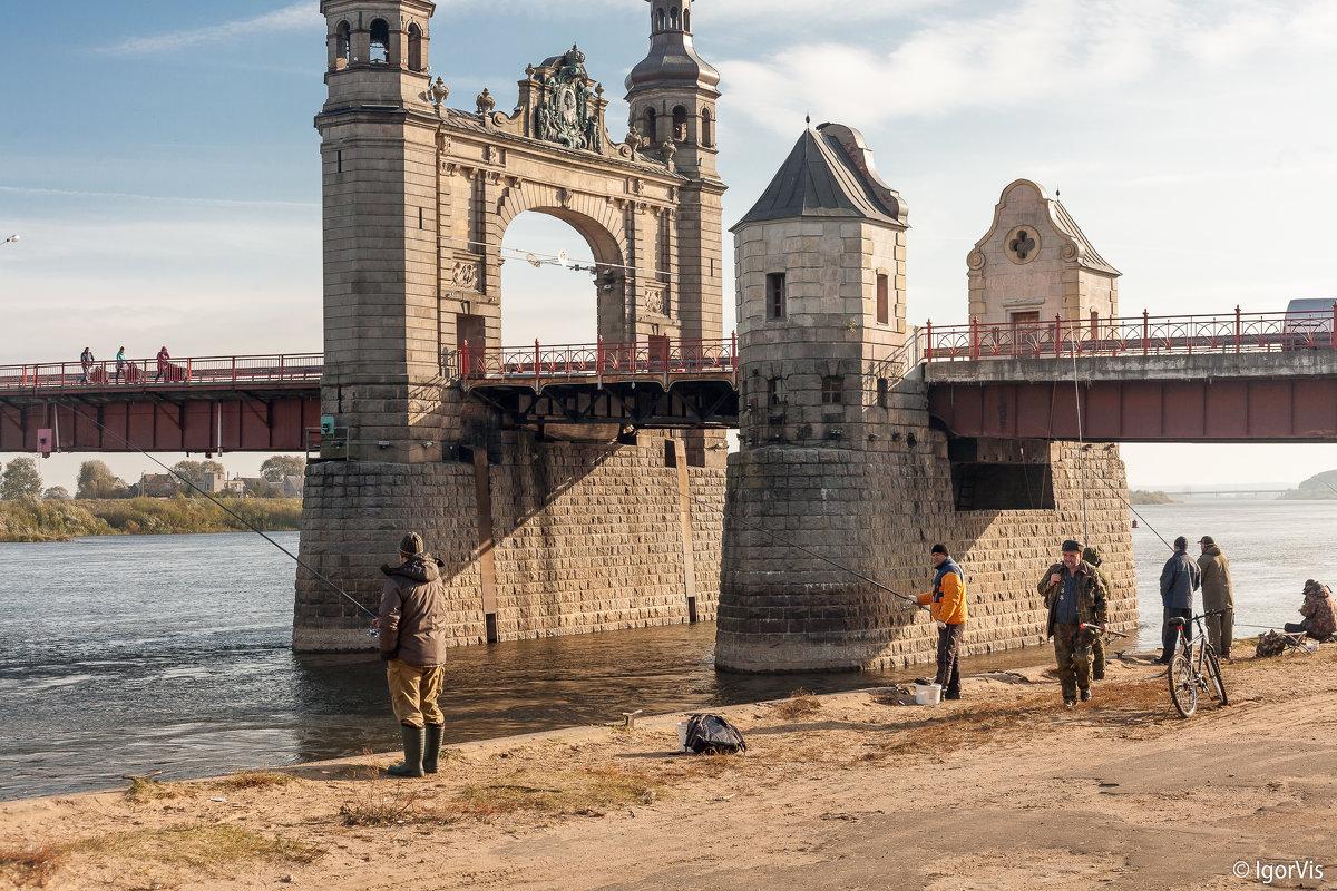 Осенняя рыбалка - Игорь Вишняков
