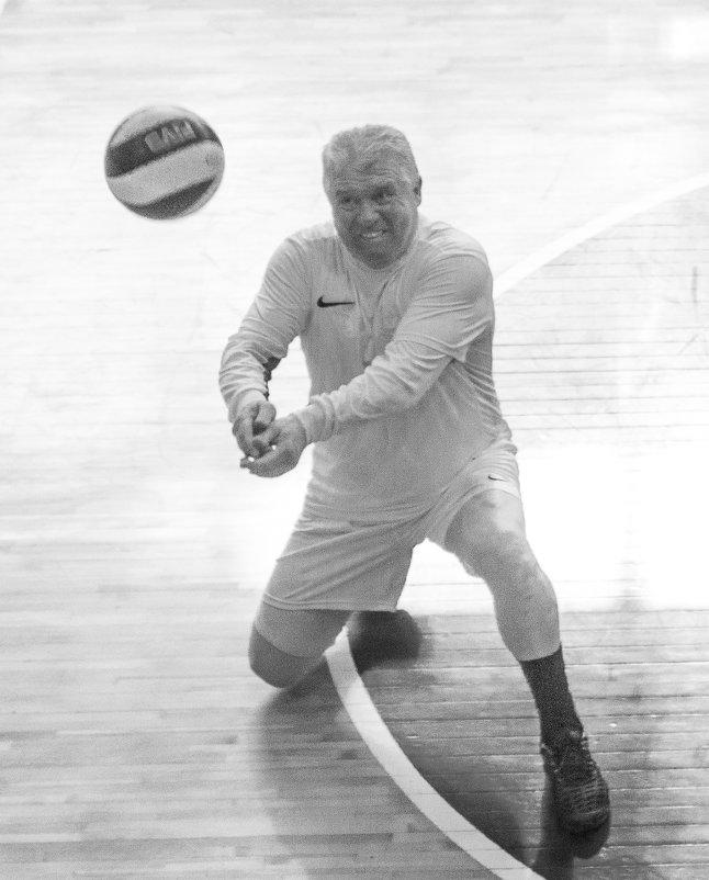 Соревнования по волейболу 5 - Людмила Мозер
