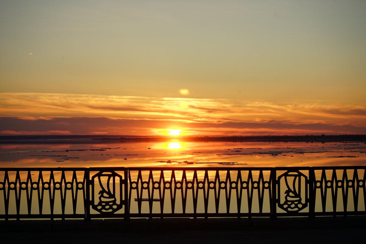 Закат в апреле - Константин