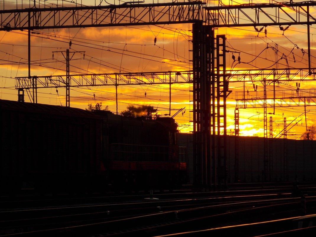 Картинки железная дорога весной