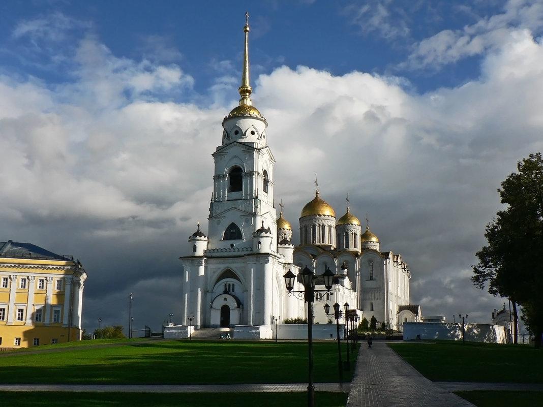 Успенский собор во Владимире - Антонина Петлевская