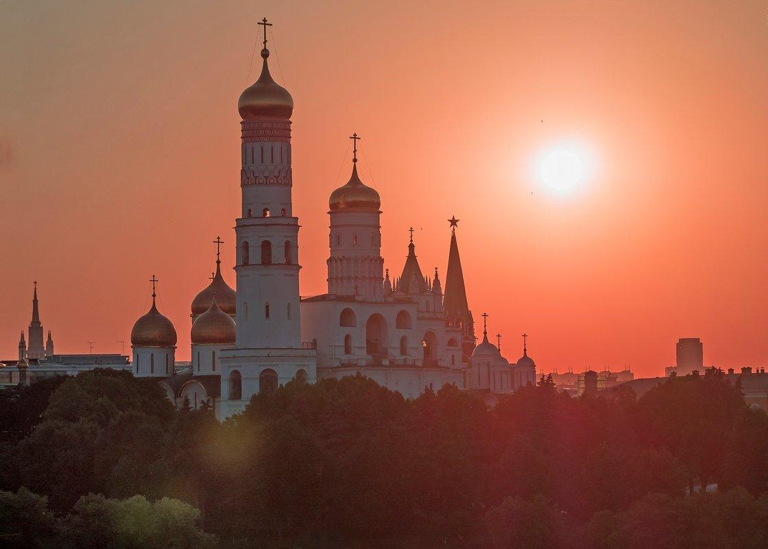 Кремль-контражур - Виталий Авакян