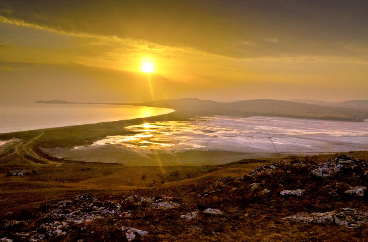 Рассвет на озере Чокрак - Александр Березуцкий (nevant60)