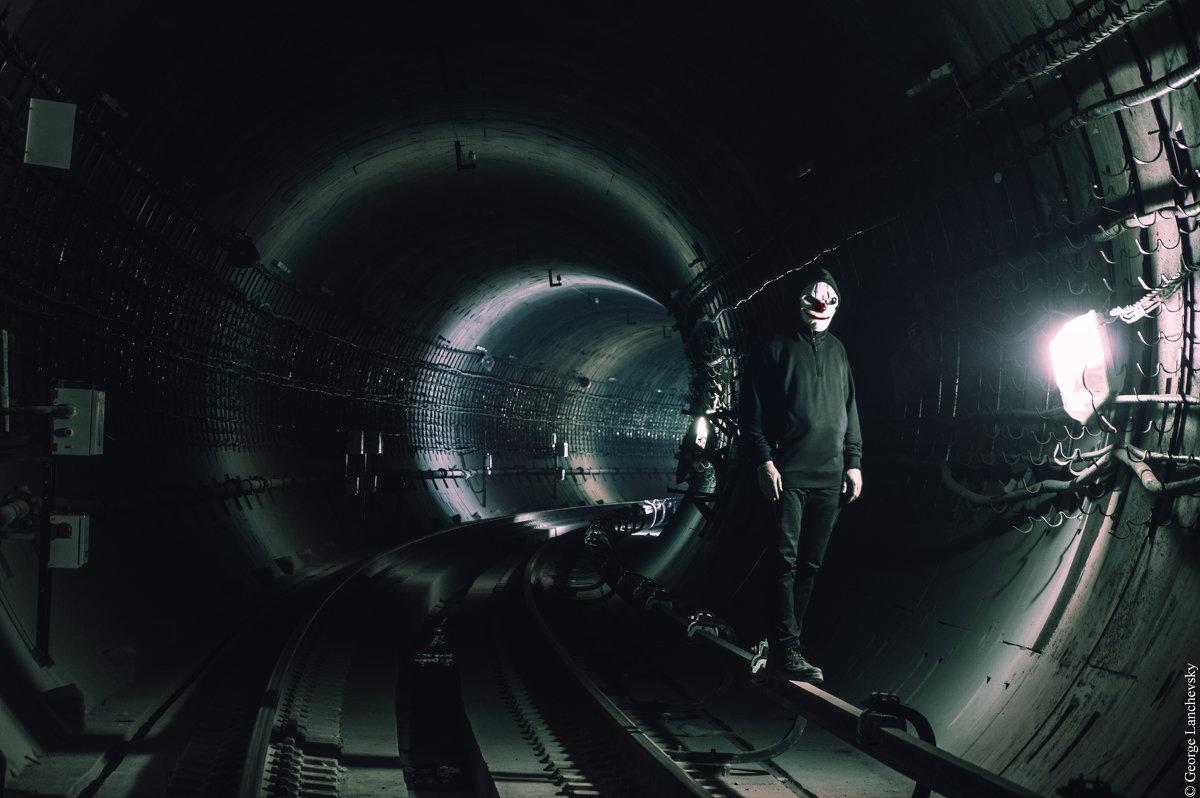 In the dark - Георгий Ланчевский