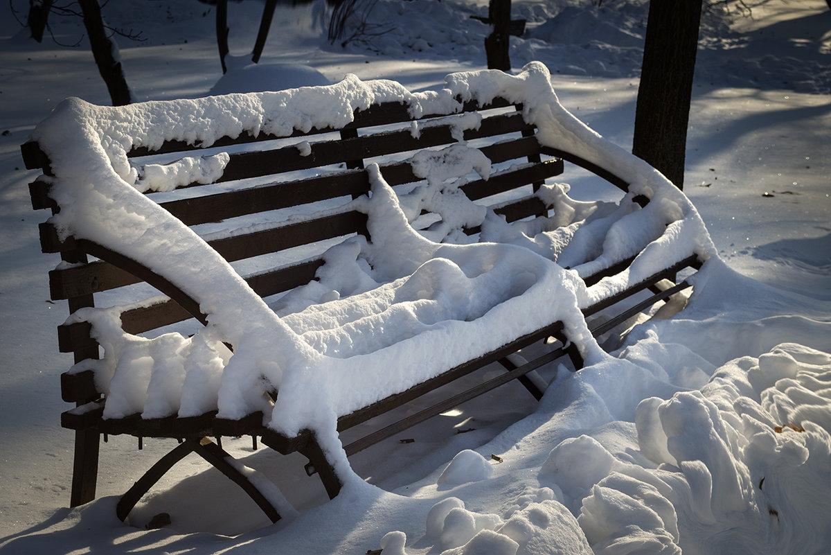 Зимняя скамейка - Лидия Цапко