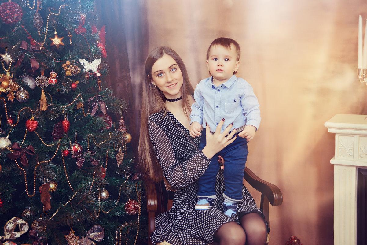 Студийная фотосессия с мамой - марина алексеева
