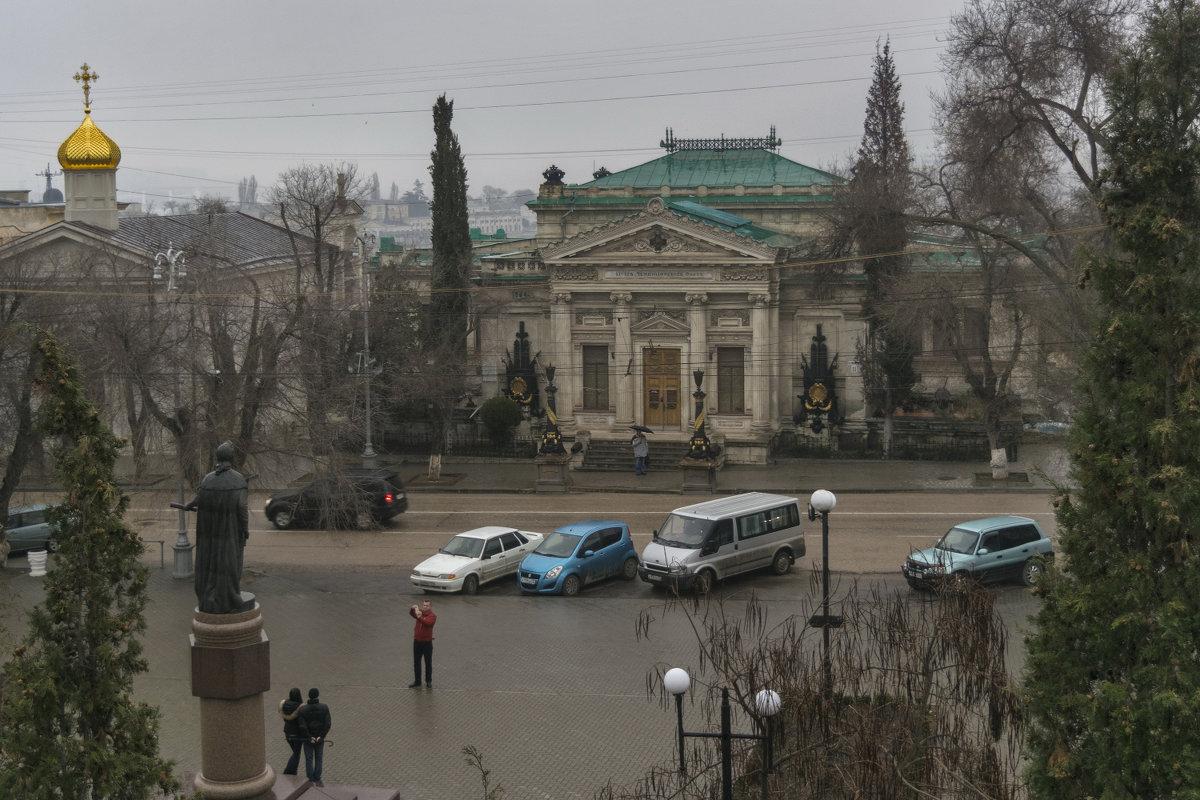 У музея Черноморского флота - Игорь Кузьмин
