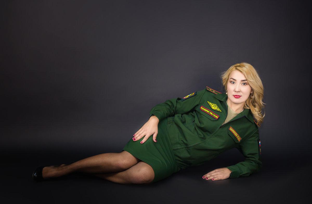 девушка в форме! - Елена Сметанина