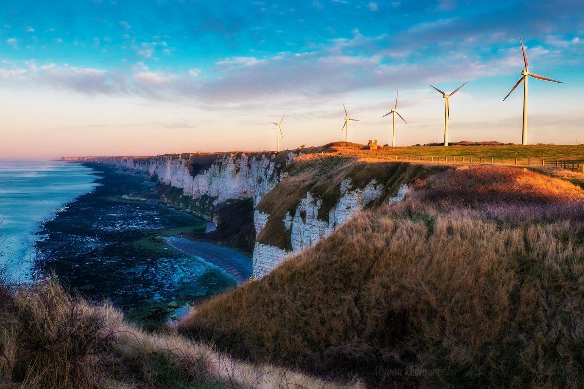 Wind turbines - Alena Kramarenko