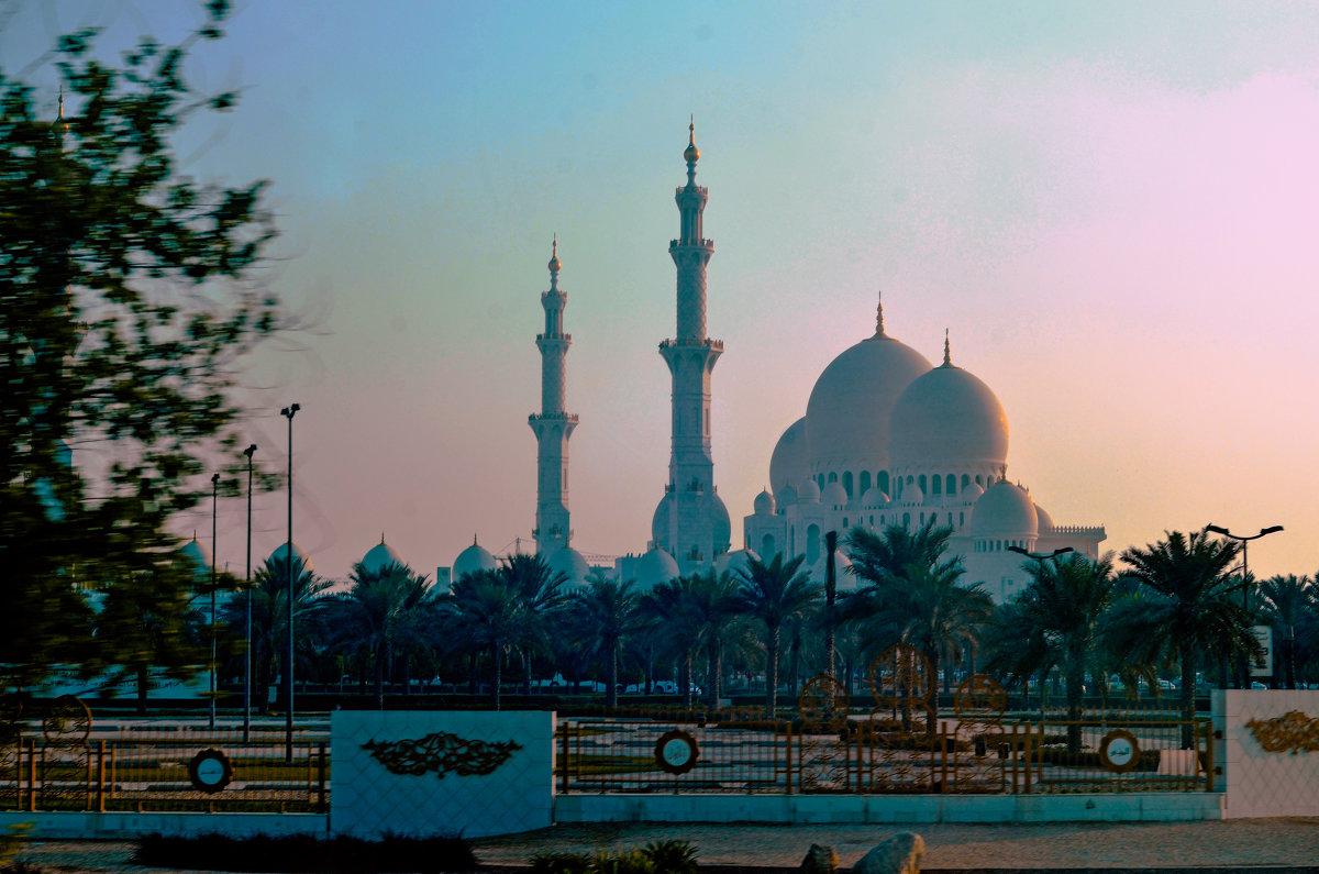 Мечеть шейха Зайда .. - Валентина Потулова