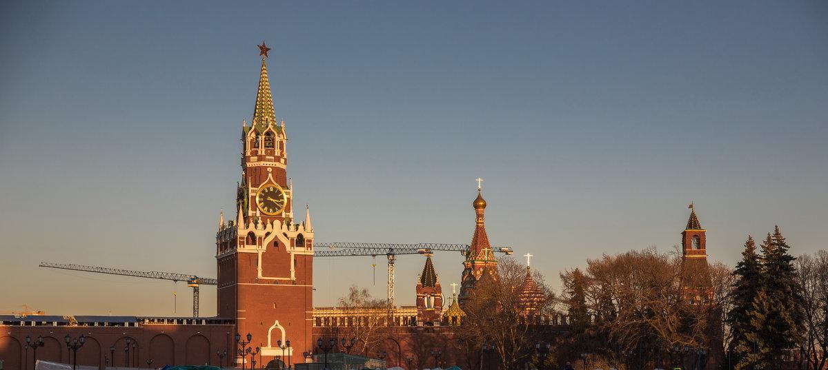 Кремль.Москва вечер. - юрий макаров