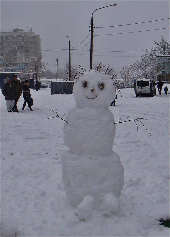 Радостный снеговик - Нина Корешкова