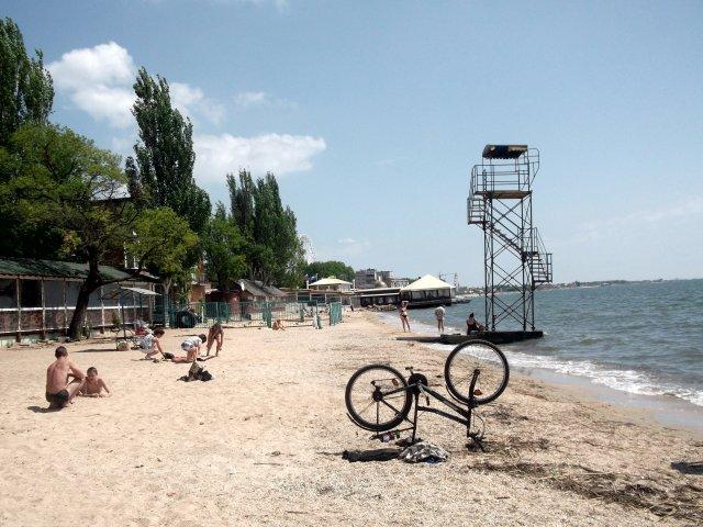 На пляже до начала сезона - Svetlana Lyaxovich
