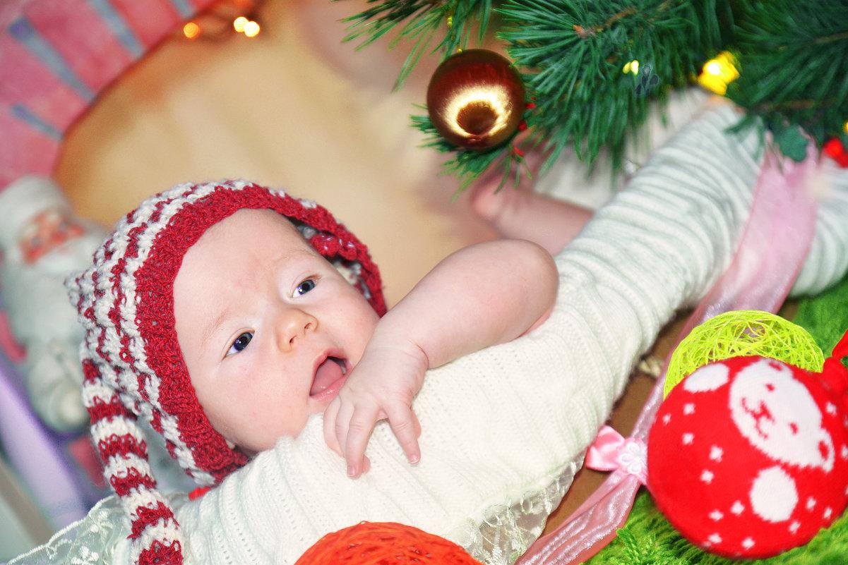 Ева наше чудо новогоднее)) - Любовь