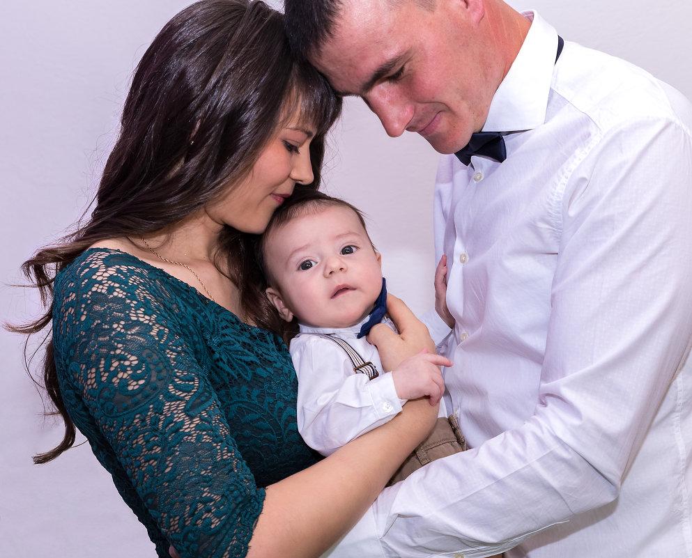 семья.........! - Василe Мелник