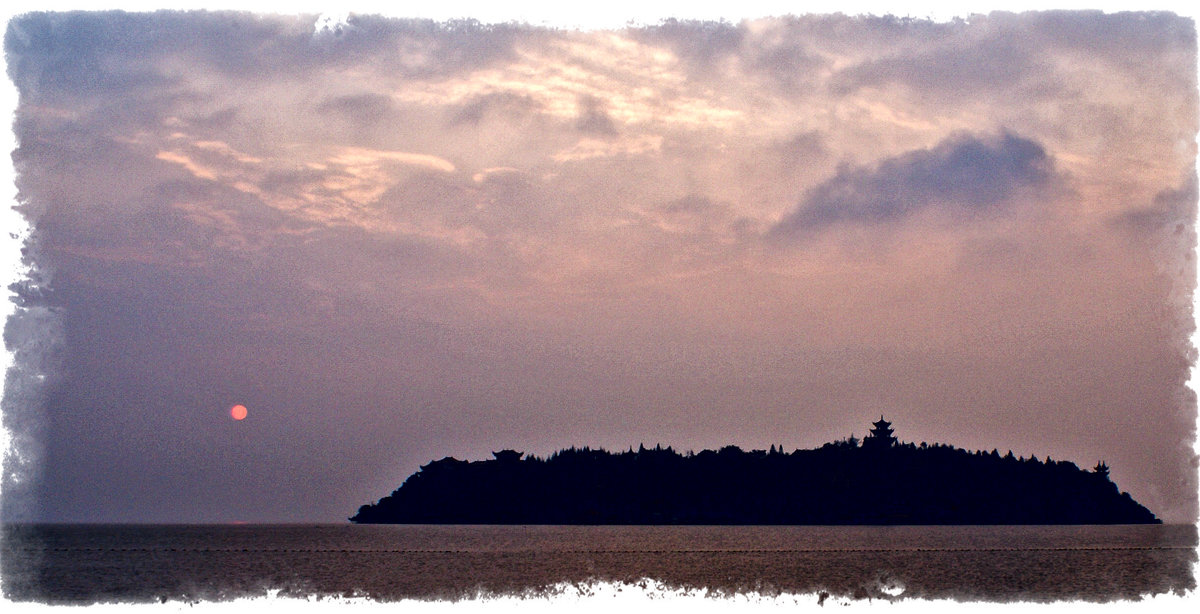 Восход над островом - Alexander Dementev