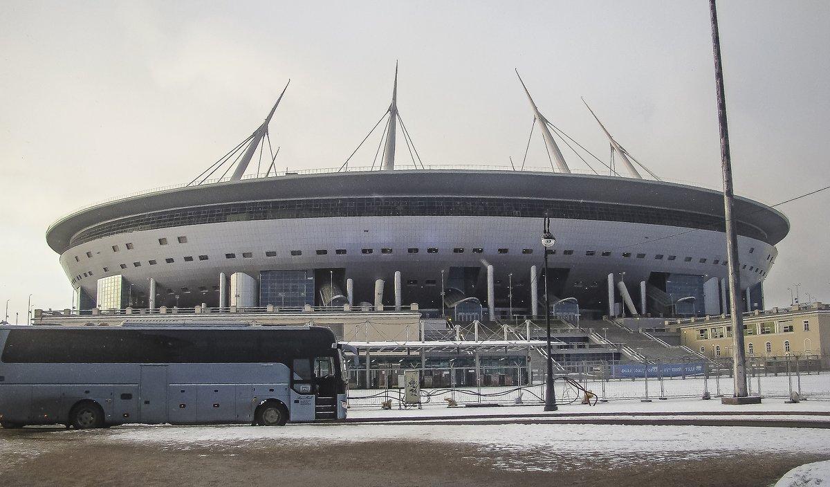 Стадион зенита - Анатолий Смирнов