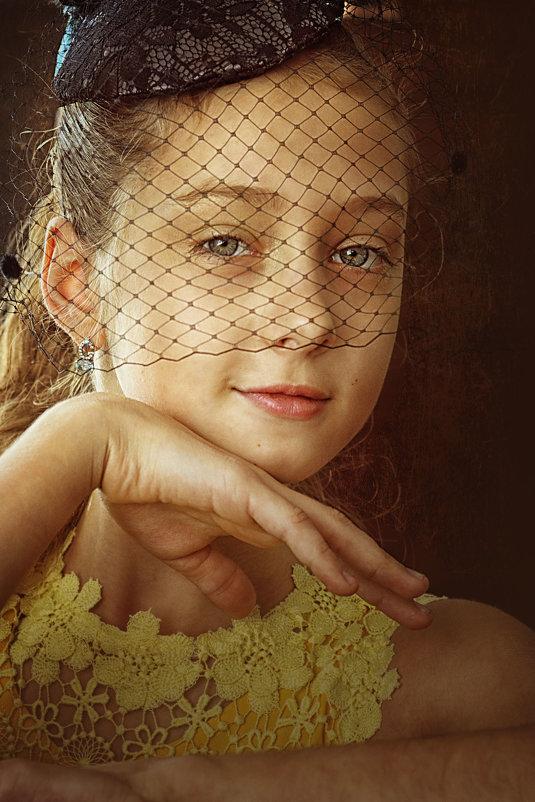 Девочка - Lyuda Kr.