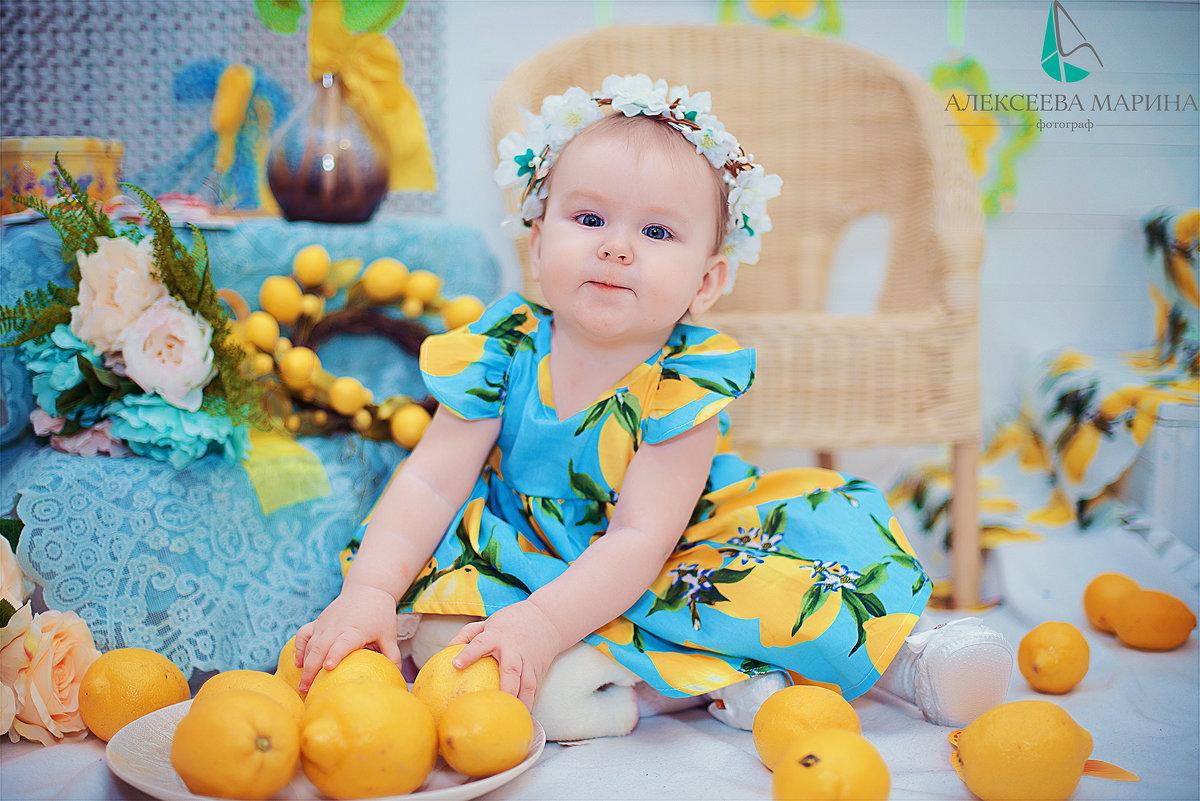 Детская фотосессия с лимонами - марина алексеева