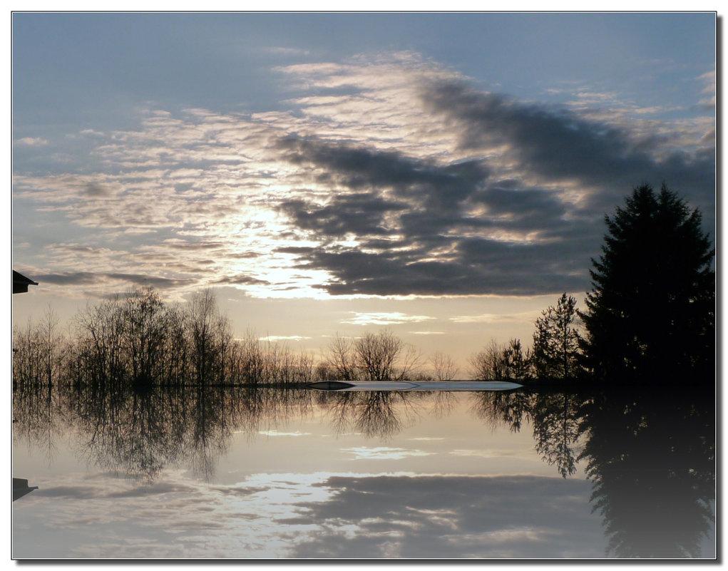 весеннее отражение - ВладиМер