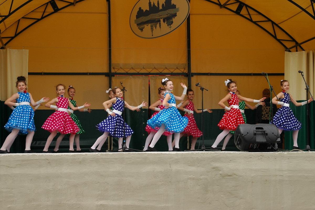 Юные танцоры - Елена Пономарева