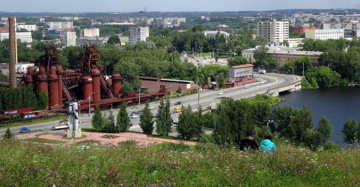 Нижний Тагил. Вид на город с Лисьей горы - Елизавета Успенская