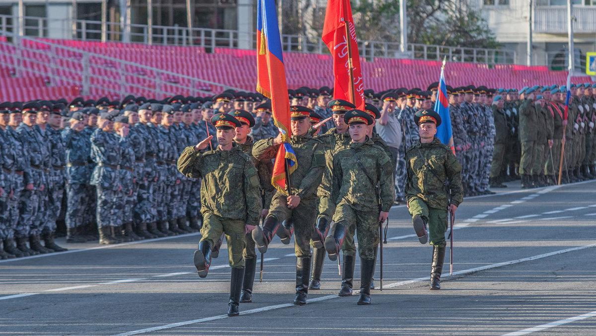 Репетиция парада. - Сергей Исаенко