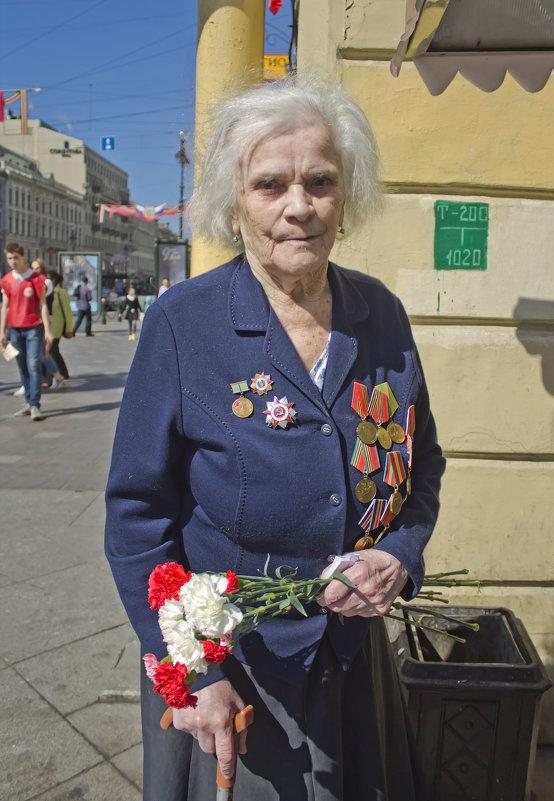 Она воевала. Ей 92 года... - Senior Веселков Петр