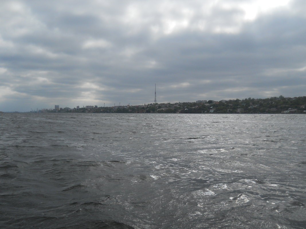 Чуден Днепр и в плохую погоду - Галина
