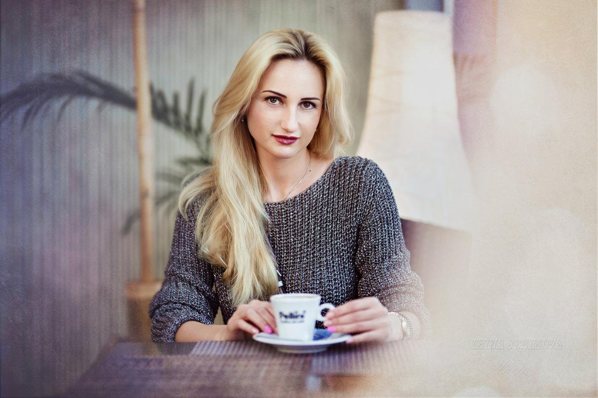 *** - Irina Jesikova
