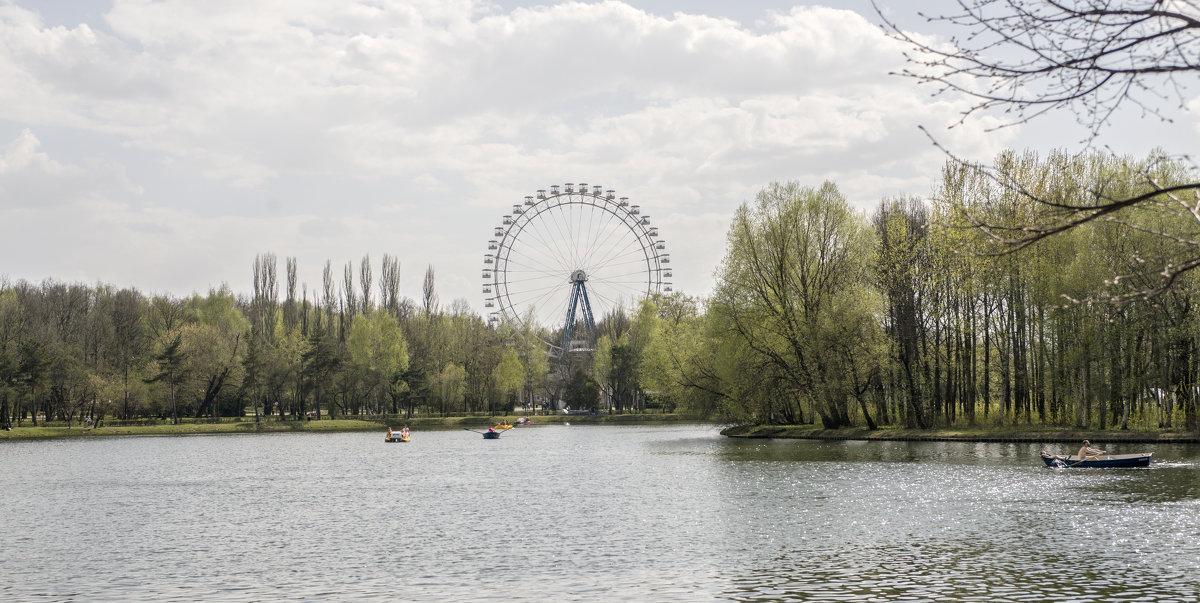 Измайловский Парк   Москва - Олег Савин