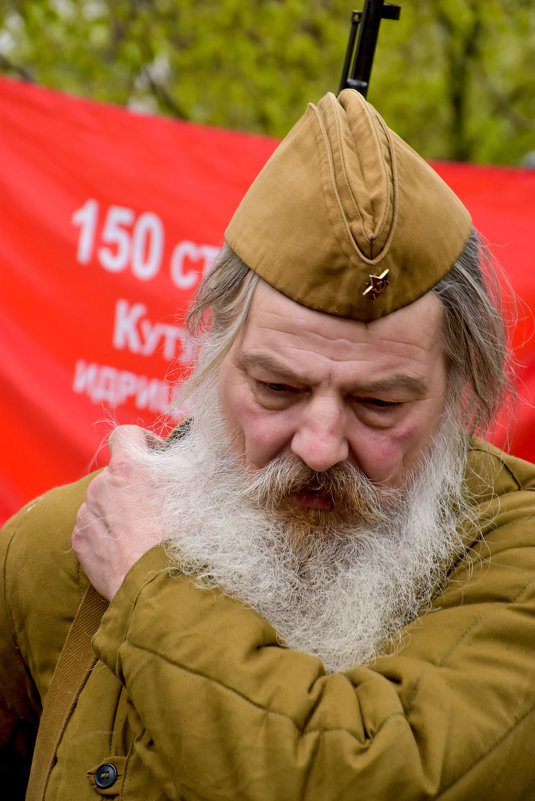 В бой идут одни старики - Viacheslav