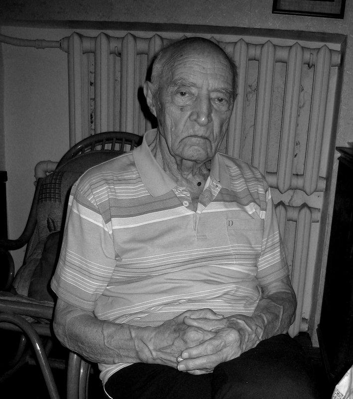 Михаил Николаевич Виноградов, 95 лет, ветеран, спортсмен, любимый дядя, отец, дед, прадед - Tanja Gerster