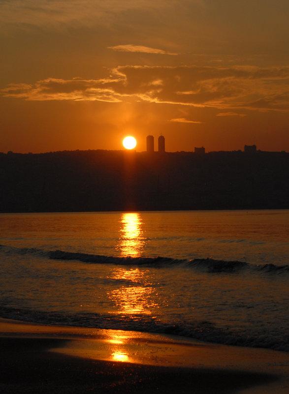 Солнце садится.... - Надя Кушнир